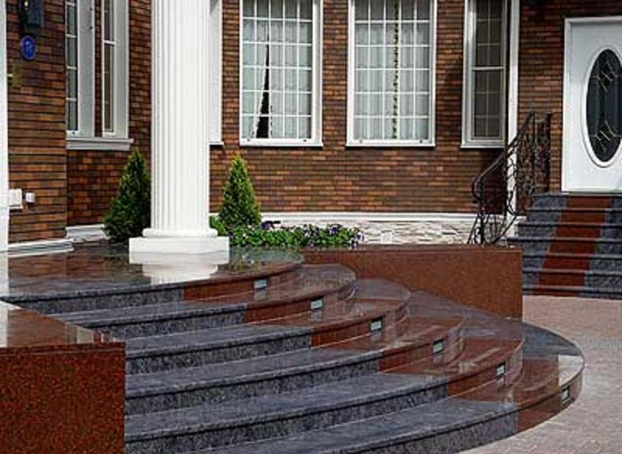 Гранитные плитки для облицовки балконов.